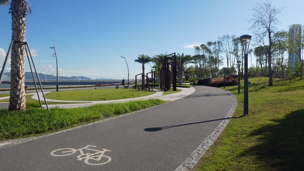 1 Shenzhen Bay Cycle Path