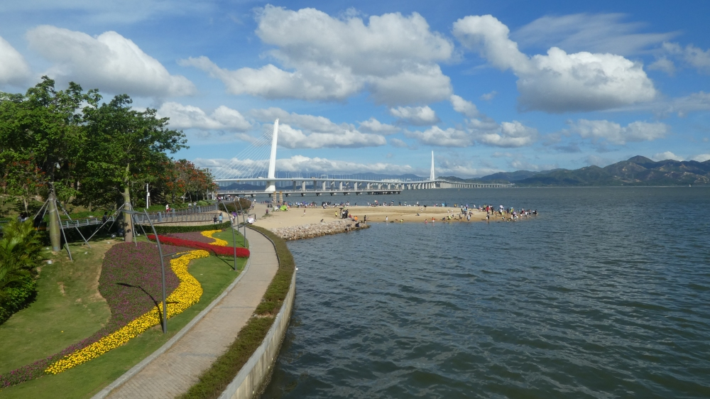 3. Shenzhen Bay Park, The Shenzhen Bay Bridge, Hong Kong